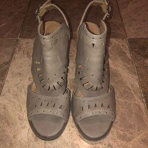 Open-toe Heeled Booties